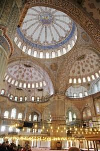 Beeindruckende Architektur: die blaue Moschee