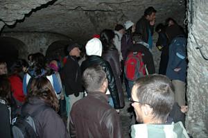 Derimnkuyu Underground City: tourist crowds