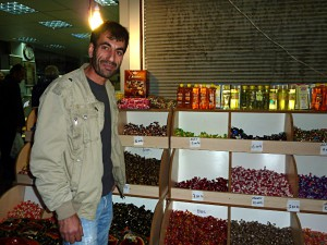 Malatya: selling sweets for the Festival of Sacrifice