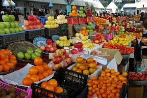Shopping in Bukhara: Fruits
