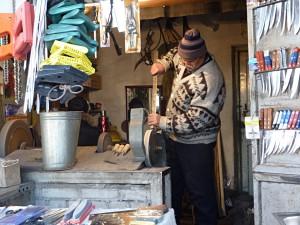Bazaar in Osh: Knife Grinder