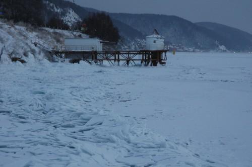 Eis am Baikalsee