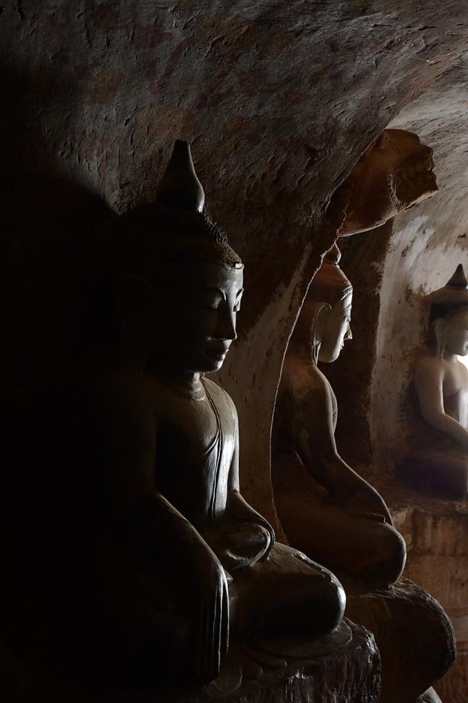 The cave labyrinth at Pho Win Daung
