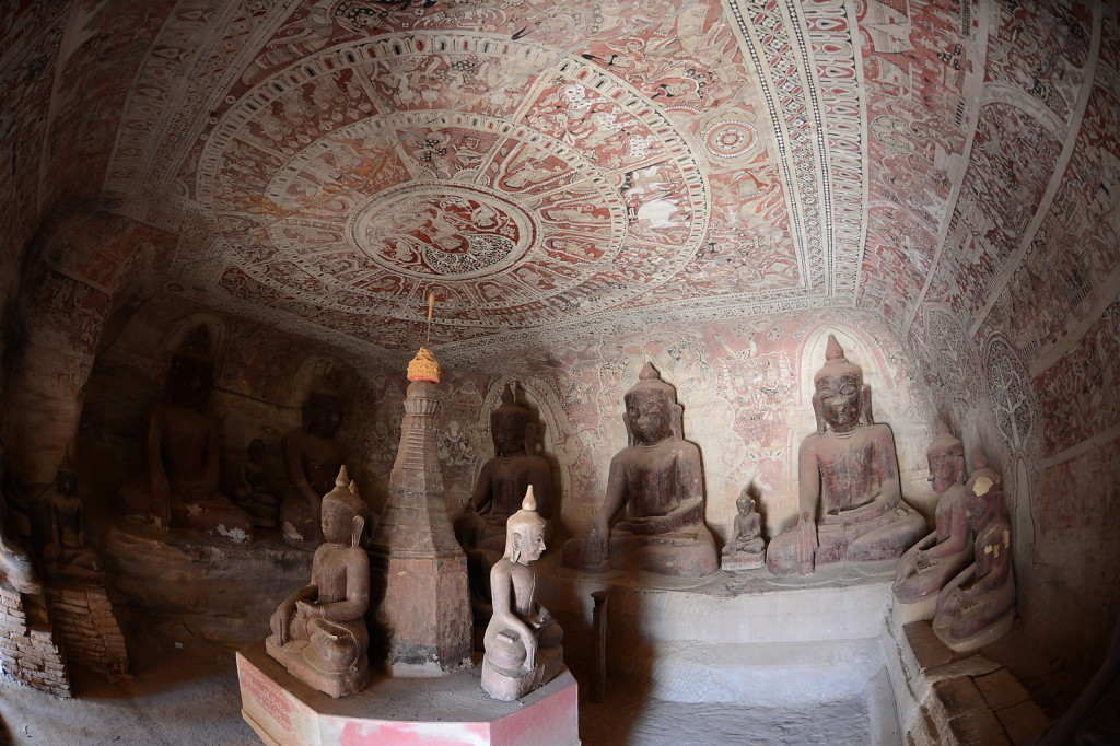 Buddha caves of Pho Win Daung: the first Buddha caves I saw that were not destroyed