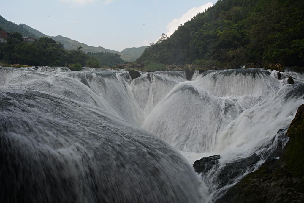 Xixiang waterfall near the Tianxing bridge