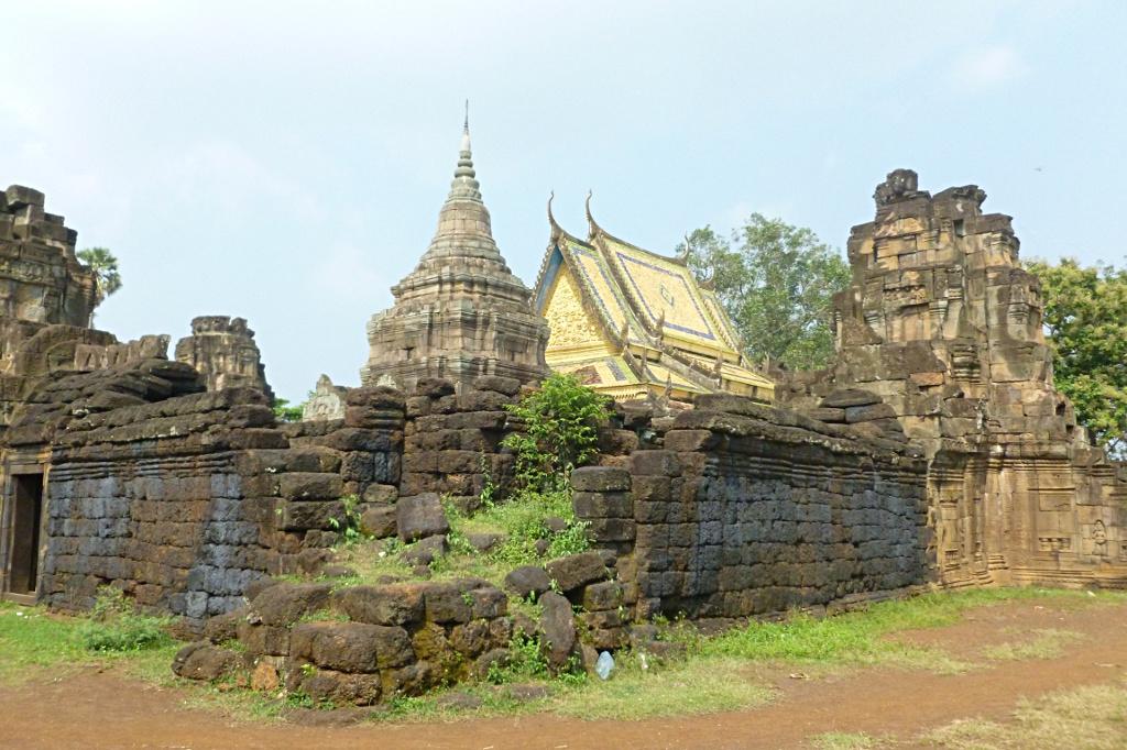 Wat in Wat: at Nokor in Kampong Cham
