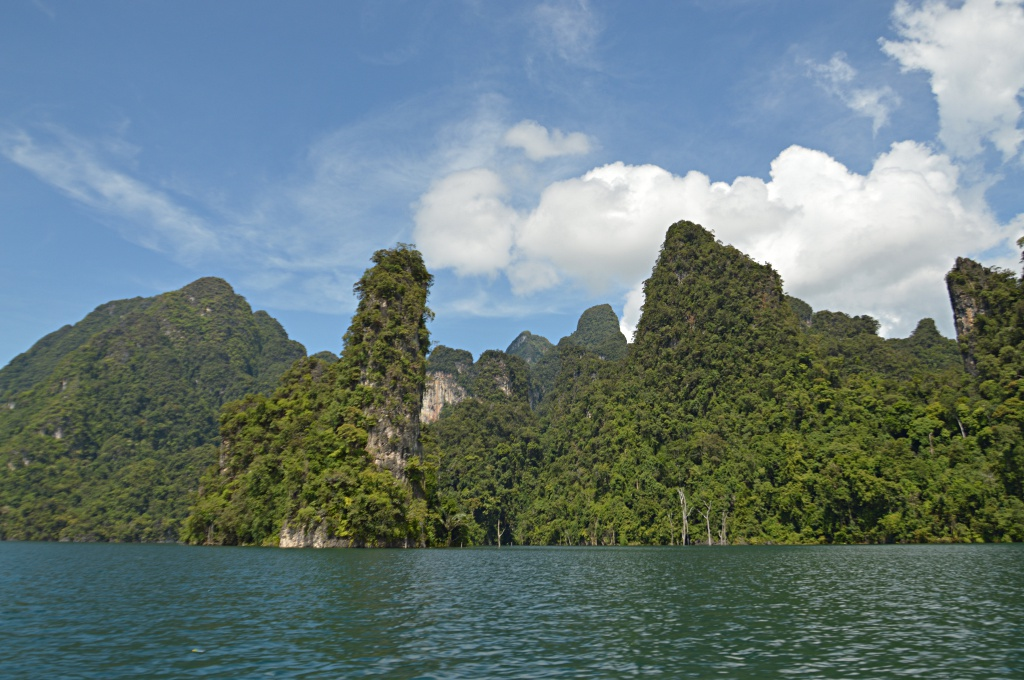 Thai Guilin in the Khao Sok National Park