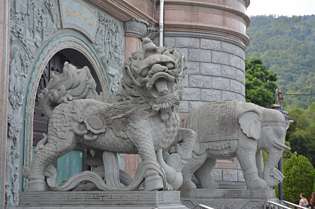 Chinese and Indian influence in Kek Lok Si