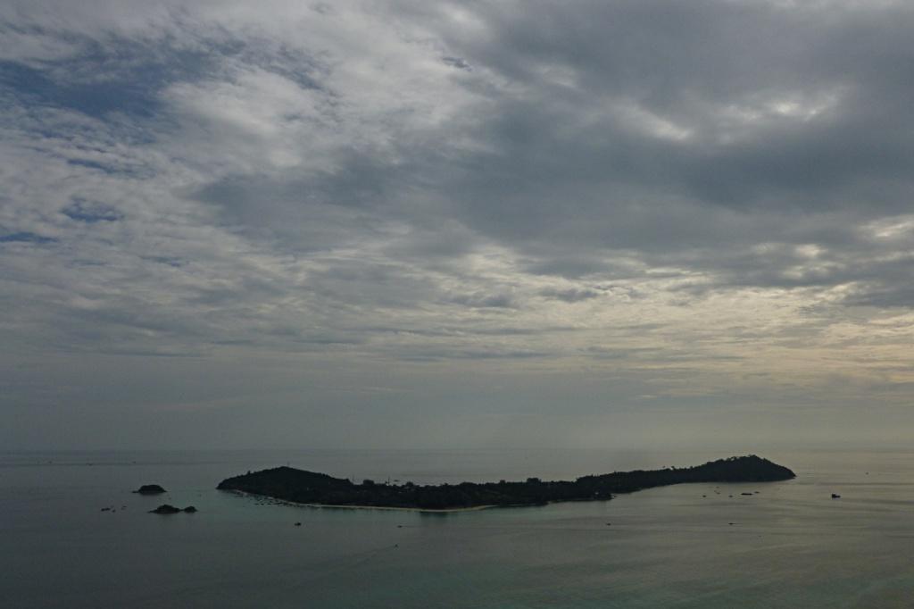 Ko Li Pe from the Chado Cliff on Ko Adang