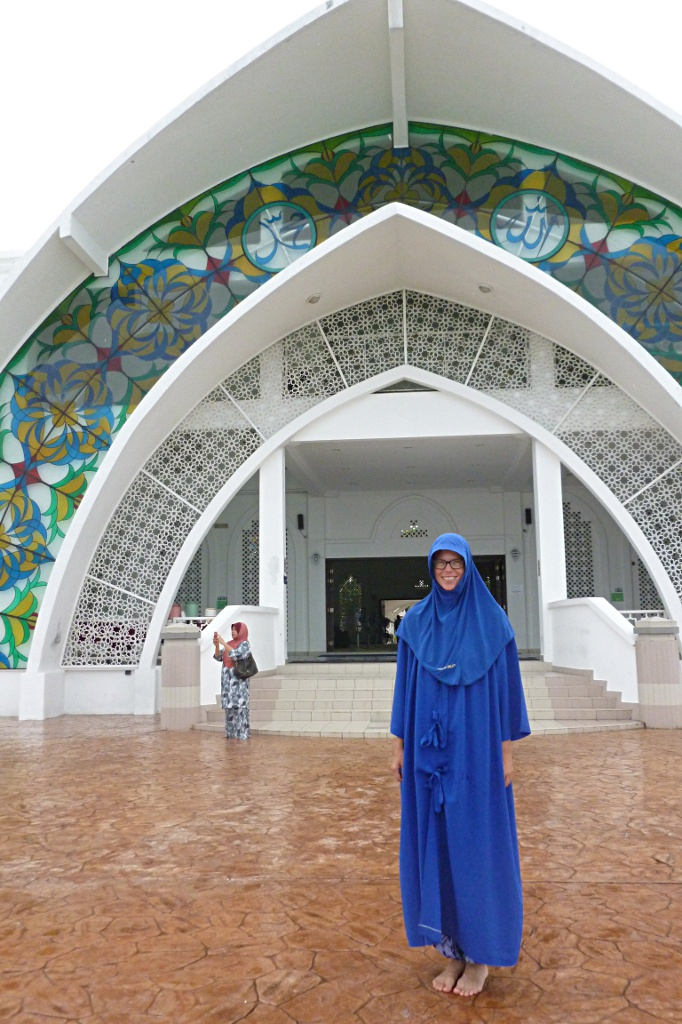 Visiting Masjid Selat Melaka on Malacca Island