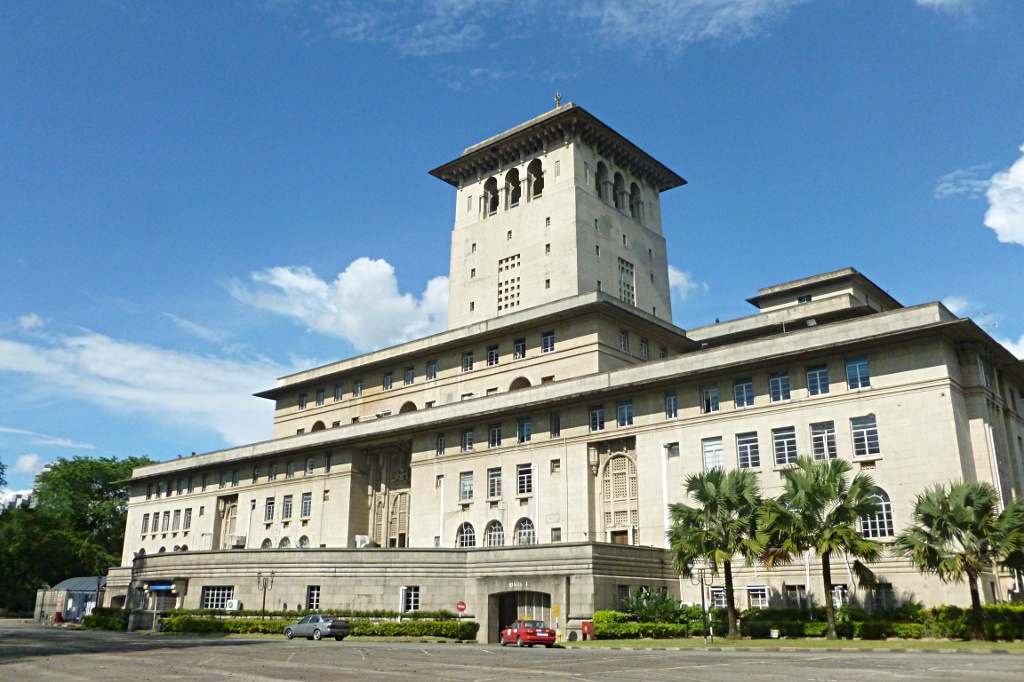 Sultan Ibrahim Building in JB: A lot of concrete, but not much to see